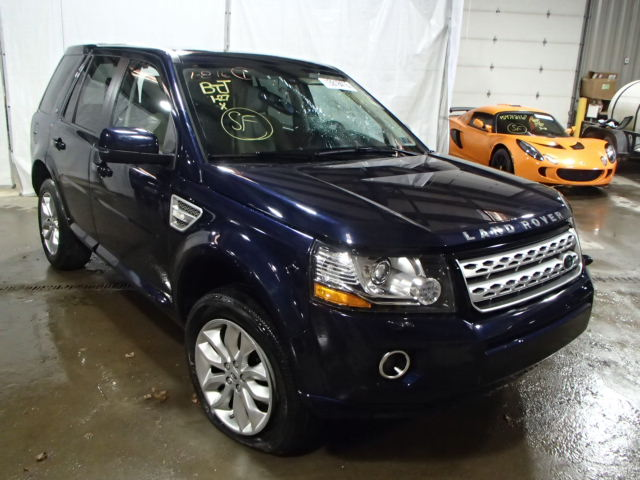 Salvage 2014 LAND ROVER LR2 - Small image. Lot 13918416