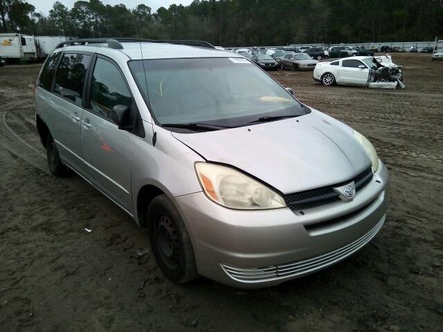 Salvage 2004 TOYOTA SIENNA - Small image. Lot 13987686