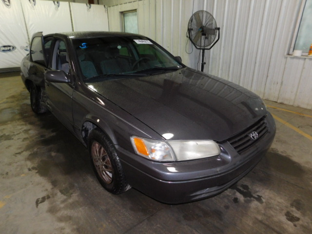 Salvage 1999 TOYOTA CAMRY - Small image. Lot 14945916