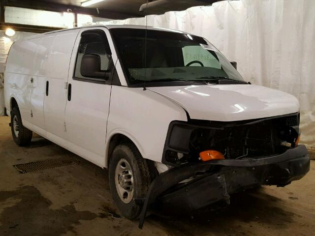 Salvage 2011 CHEVROLET EXPRESS - Small image. Lot 30891637