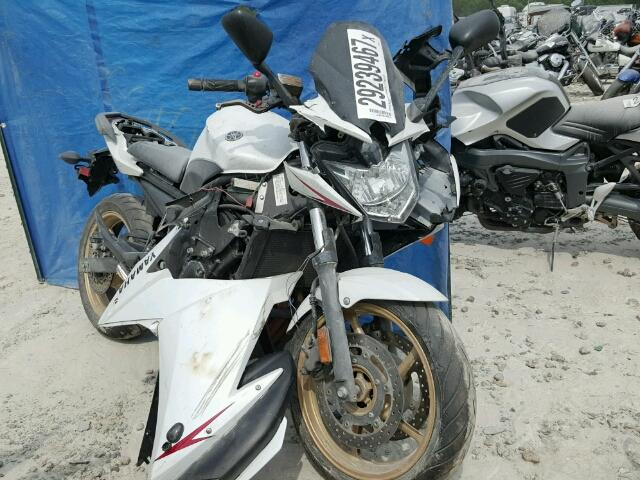 Salvage 2010 YAMAHA FZ600-800 - Small image. Lot 29239467