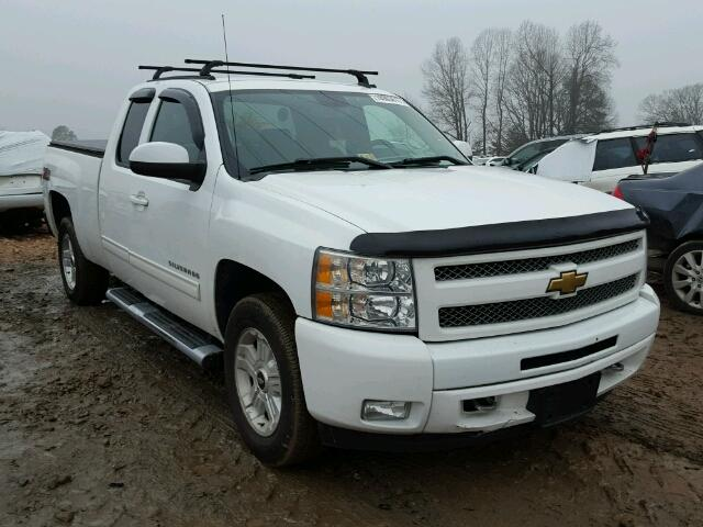 Salvage 2011 CHEVROLET SILVERADO - Small image. Lot 18003617