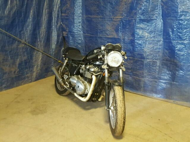 Salvage 2006 TRIUMPH MOTORCYCLE BONNEVILLE - Small image. Lot 30822757