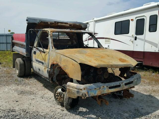 Salvage 2003 CHEVROLET SILVERADO - Small image. Lot 39353537