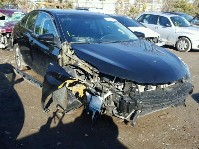 Salvage 2015 TOYOTA CAMRY - Small image. Lot 18208147