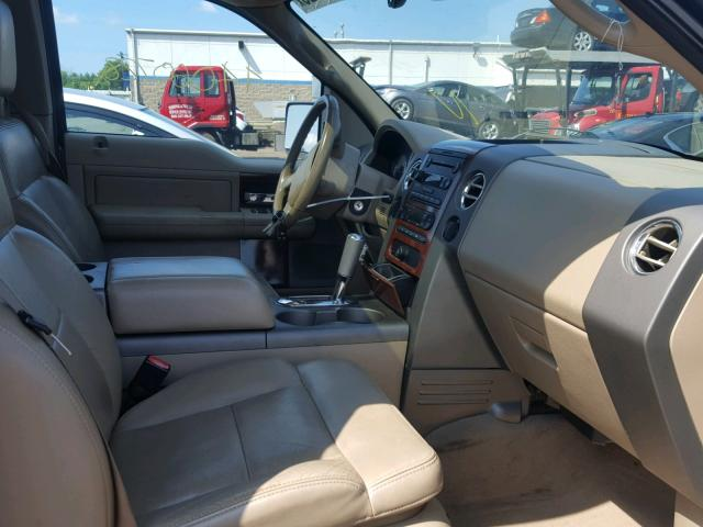Vin 1FTPX14565NB18117 2005 FORD F150   Interior View Lot 44060728.