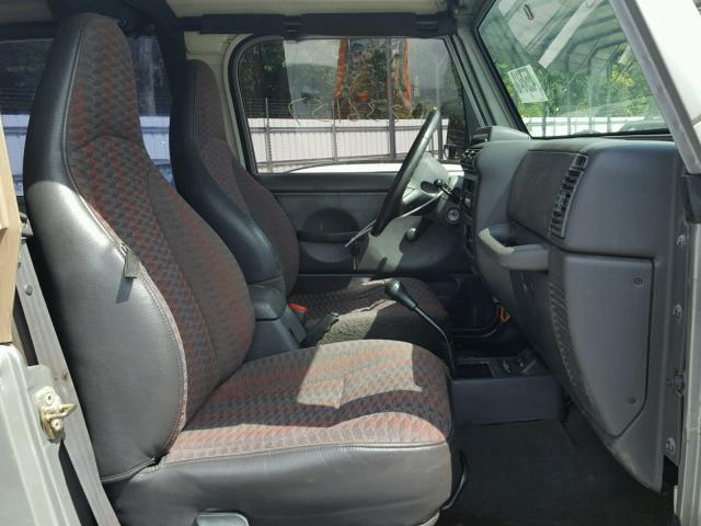 Vin 1J4FA49S0YP750613 2000 JEEP WRANGLER /   Interior View Lot 45576418.