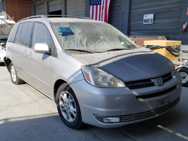 2005 TOYOTA SIENNA XLE   Left Front View Lot 45065498.